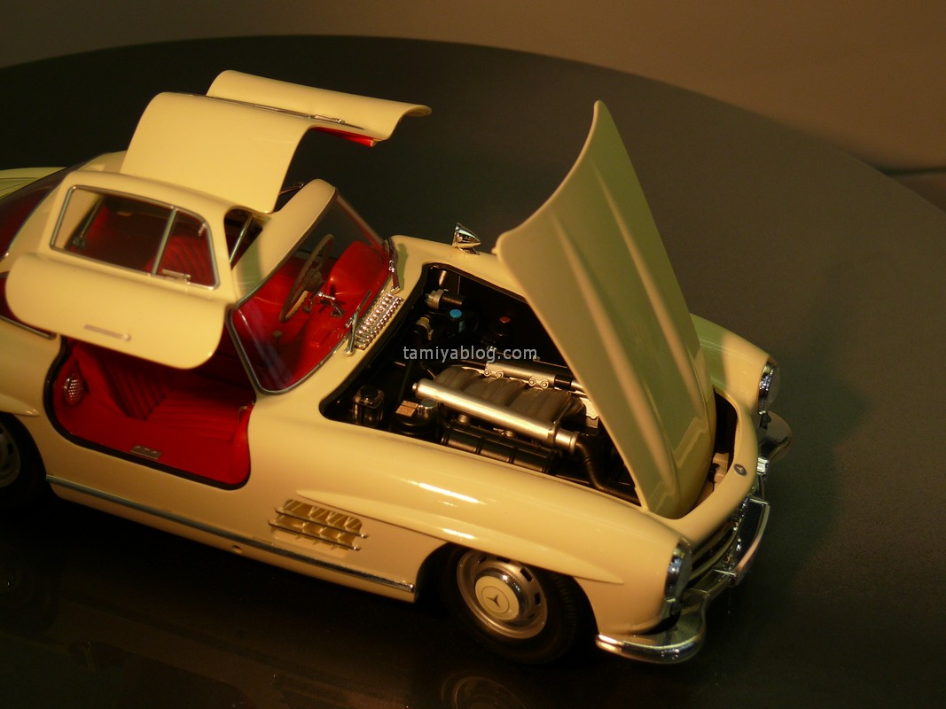 Tamiya-24338-1-24-mercedes-benz-300sl-more-detailed