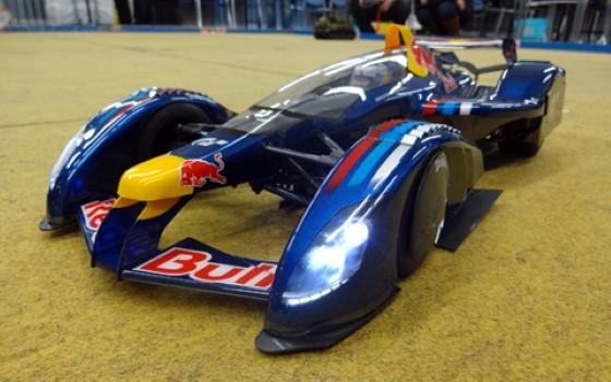 Tamiya RC F104 Red Bull X2010 Sebastian Vettel 3
