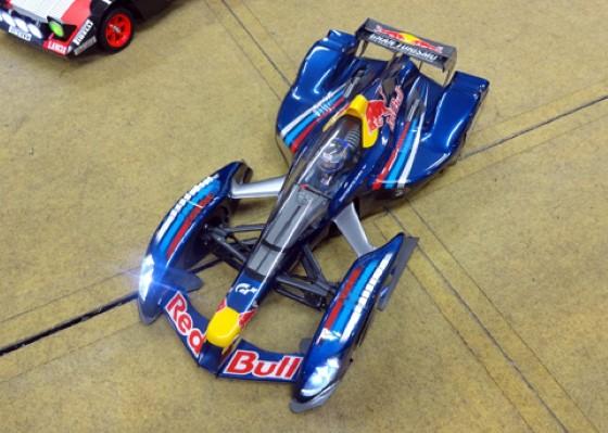 Tamiya RC F104 Red Bull X2010 Sebastian Vettel