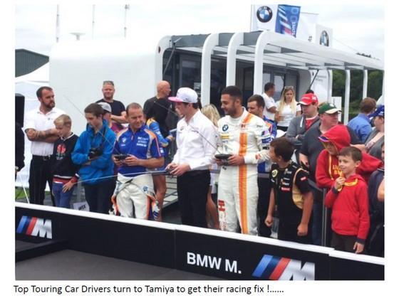 bmw-touring-car-drivers-driving-tamiya-2