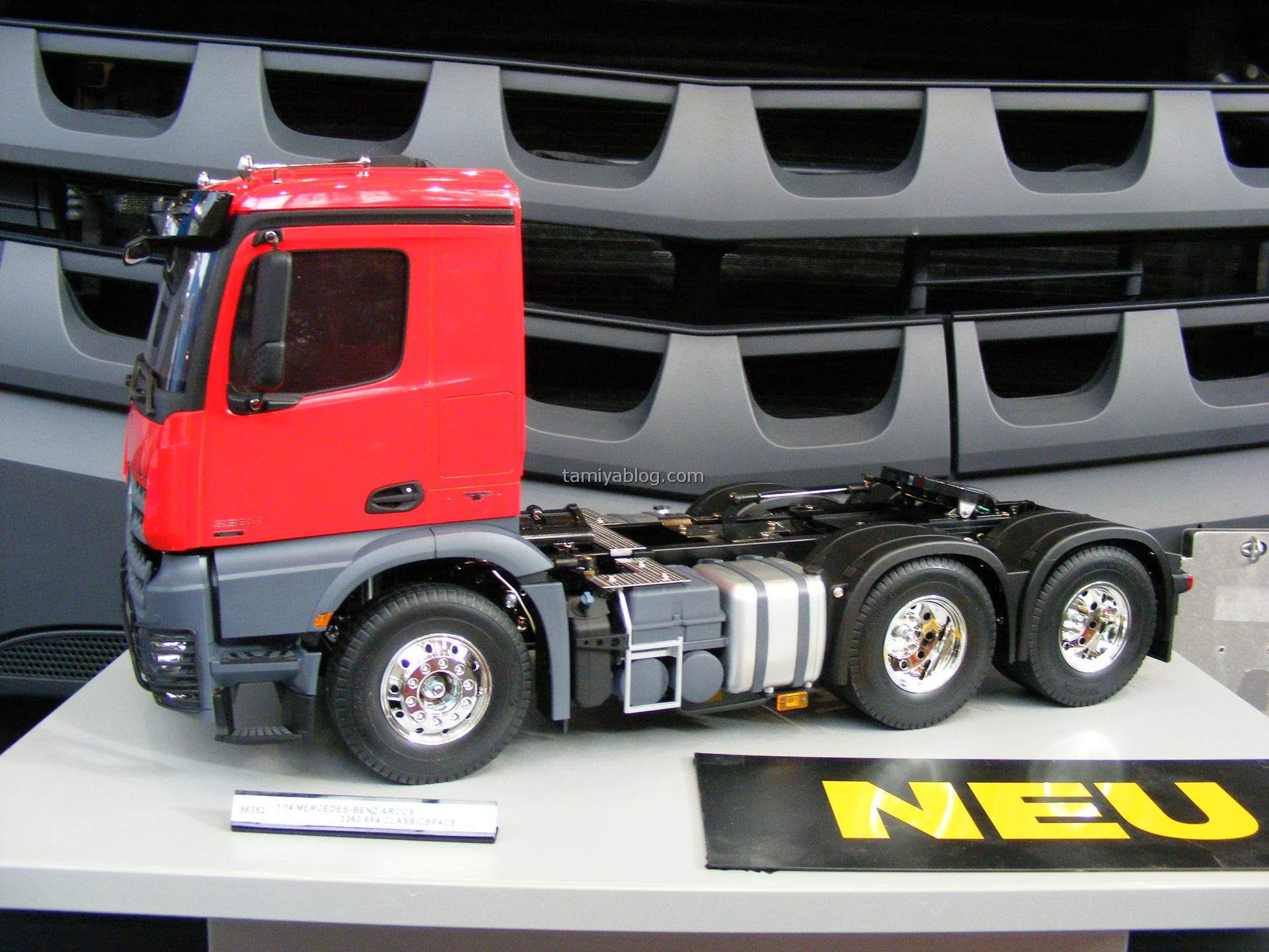 lkw neuer tamiya truck 2017 mercedes benz arocs 56352. Black Bedroom Furniture Sets. Home Design Ideas