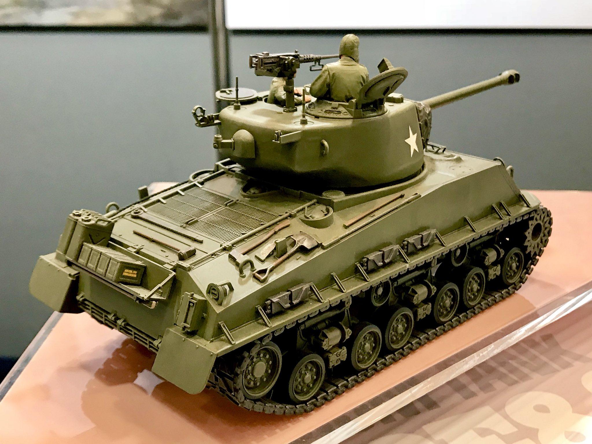 "New Tamiya 35359 1/35 U S  Medium Tank M4A3E8 Sherman ""Easy"